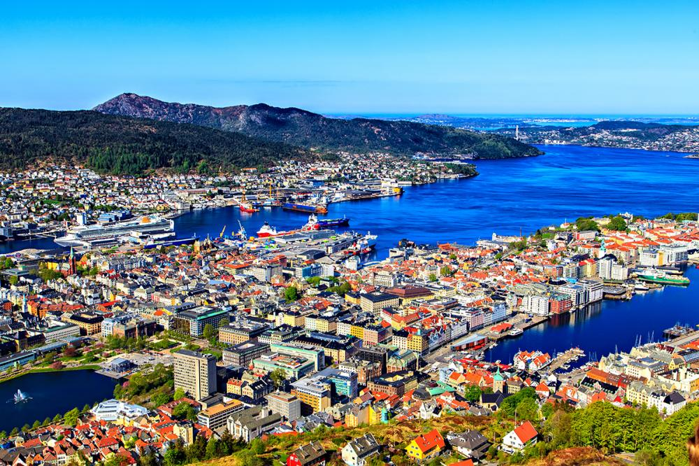 norway-bergen-The Most Colorful Cities in Europe